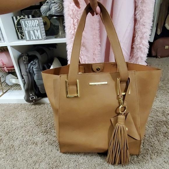 Steve Madden Handbags - Large cognac tote